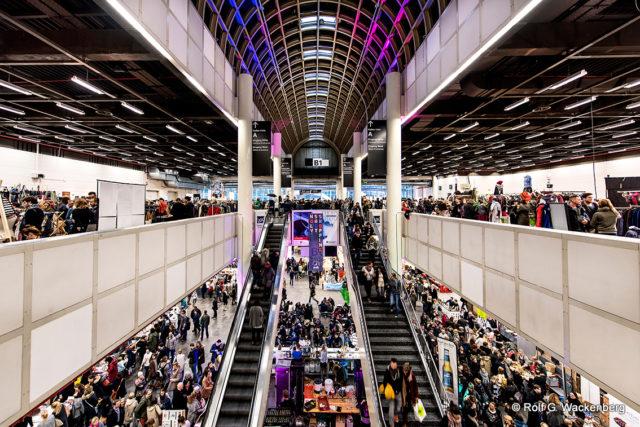 Holy Shit Shopping Hamburg 2015